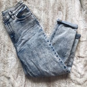 Acid Wash Girlfriend Jeans (Highwaisted)